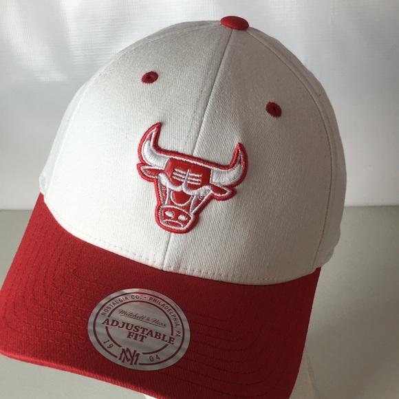 d2dd1c92473 Chicago Bulls NBA Hat Mitchell   Ness Snapback